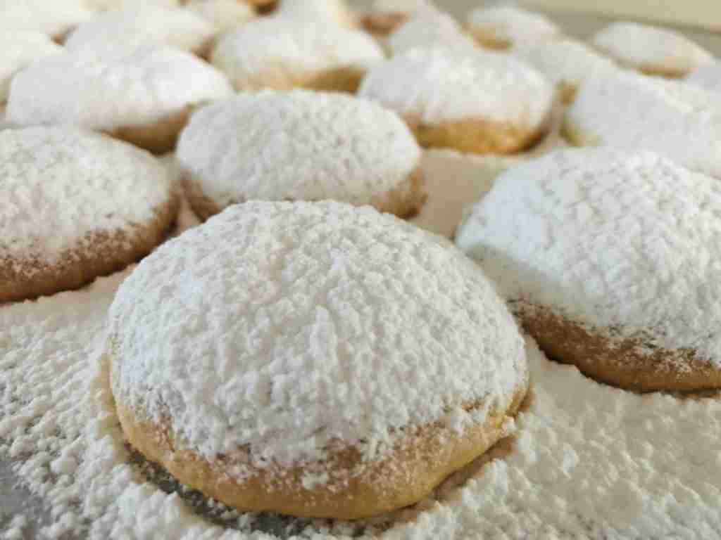 Kourambiethes Greek Butter Biscuiits