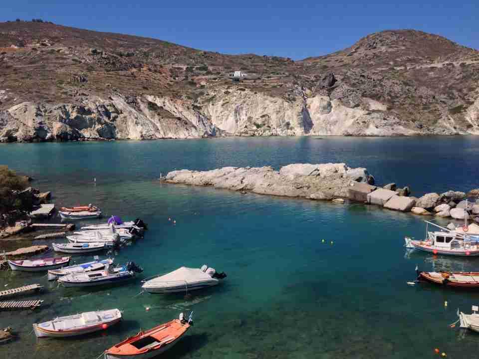 Greek Island Travel Guide Milos Greek Islands Greece Travel Traveller Greek